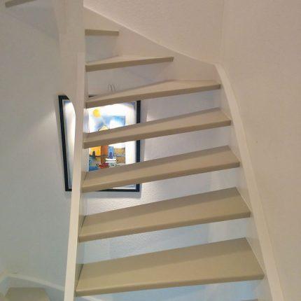 Treppenhaus Sanierung Malerarbeiten Lackierung Bremen 03